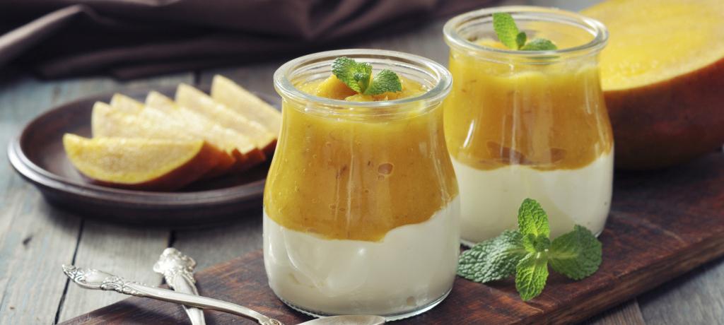 Crema di ricotta e yogurt con mousse di mango e Miele di Fiori